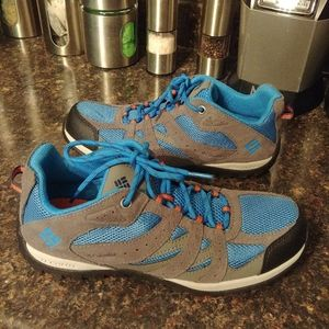 New Columbia hiking shoes 7